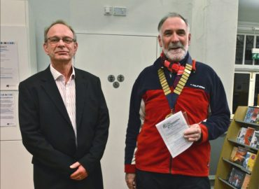 David Hicks (Chairman) and David Smith (SPA President) at the opening of the 2019 exhibition