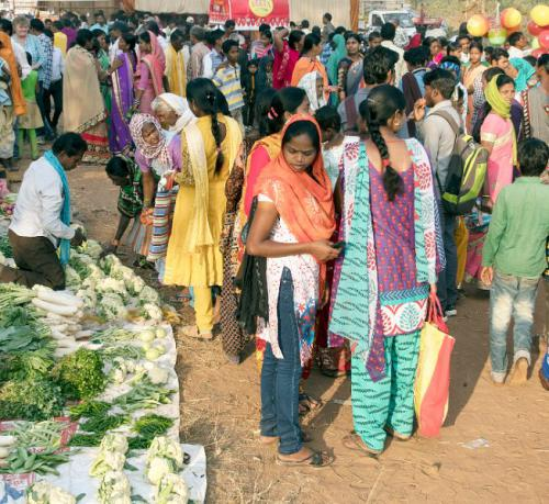David Hicks - Busy vegtable market