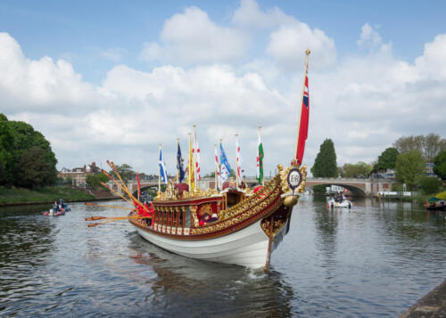 Tudor Pull, Gloriana Royal Barge
